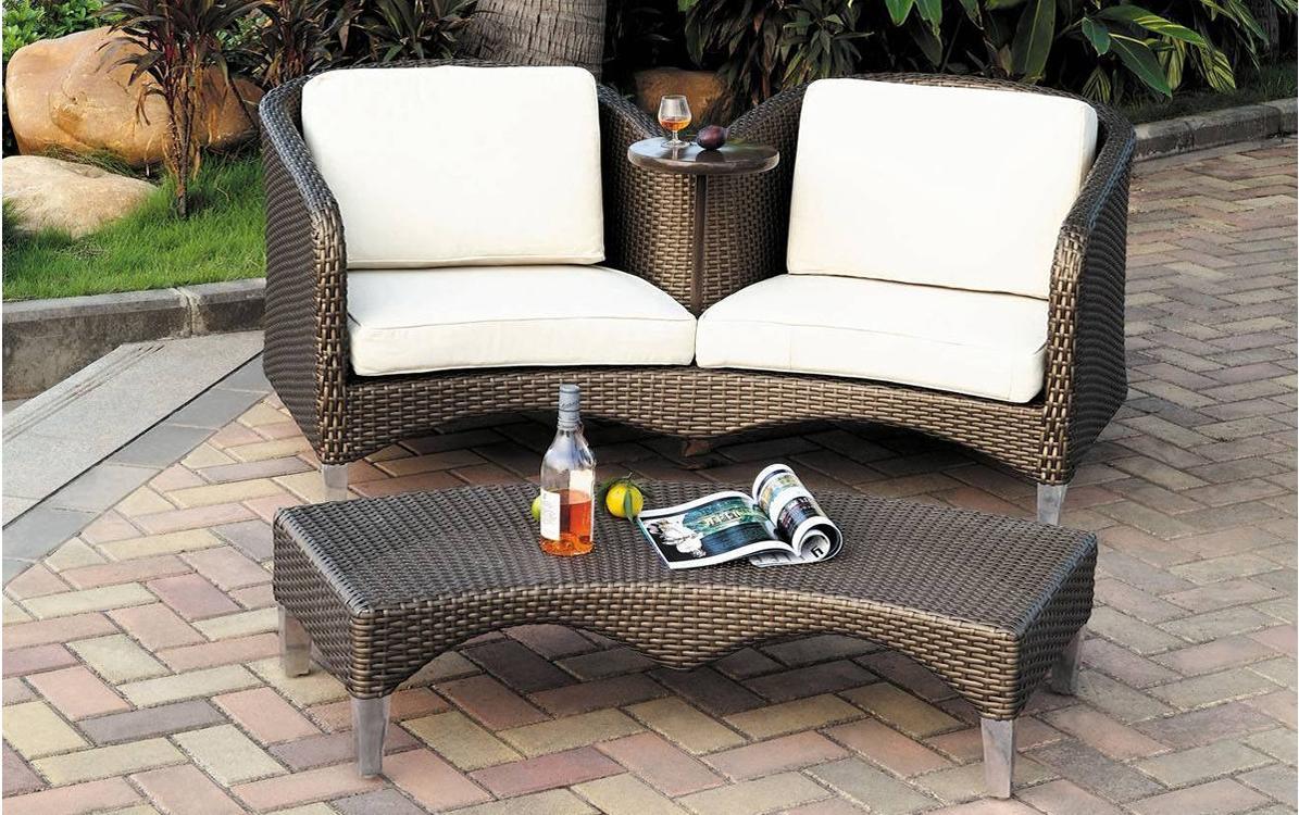 la banquette accessoire de bien tre tout sur le mobilier de jardin. Black Bedroom Furniture Sets. Home Design Ideas